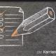 Kreidezeichnung auf Schiefertafel: Blatt Papier mit einer Checkliste und einem Bleistift