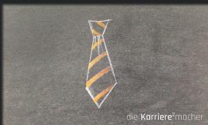 Kreidezeichnung auf Schiefertafel: Krawatte